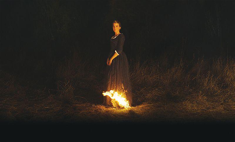 Porträt Einer Frau In Flammen